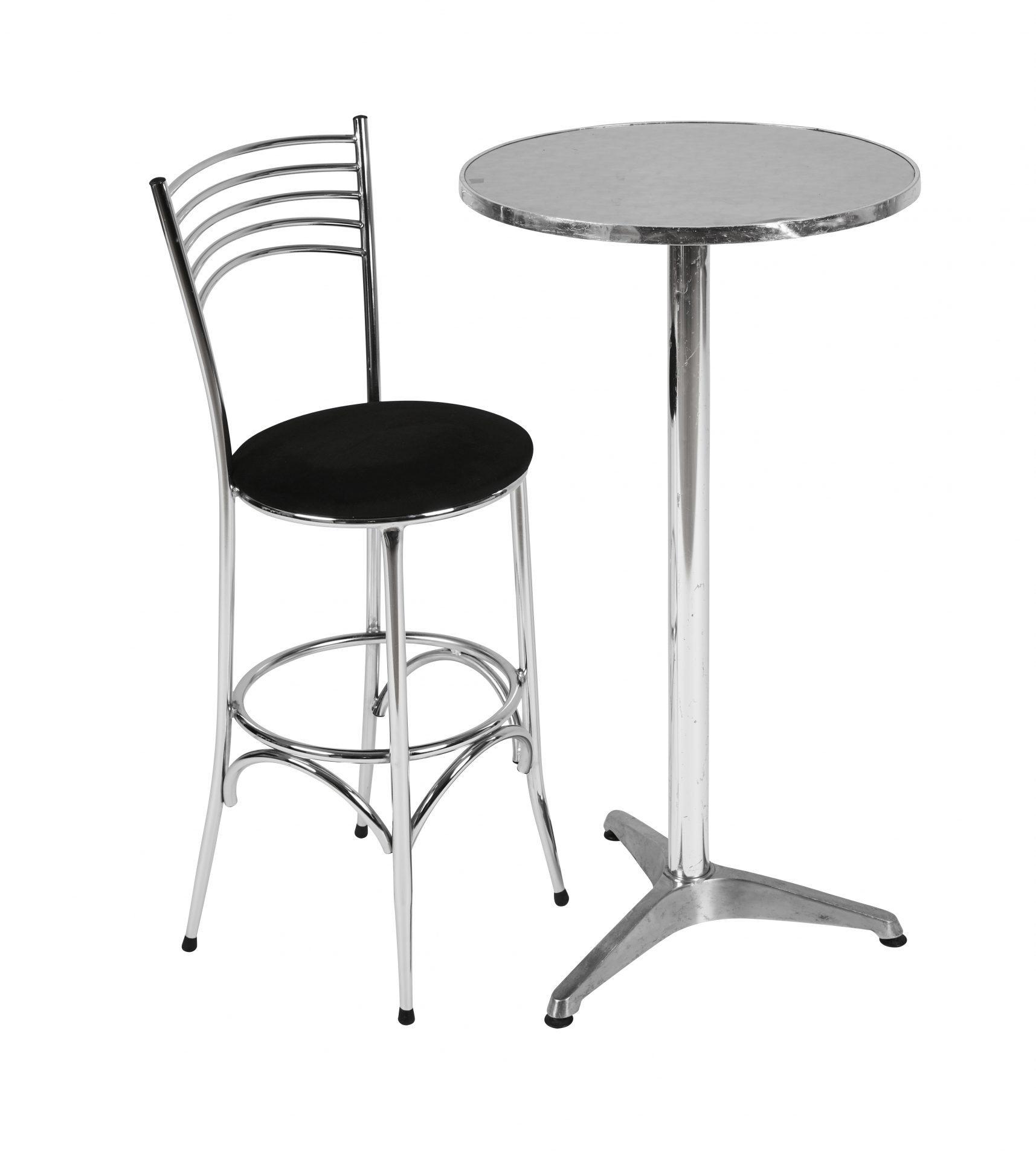 Aluminium bar stool with single tier aluminium poseur table